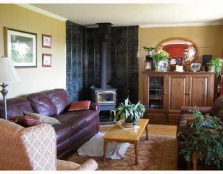 Photo 4: 605 MARTIN Road in Gibsons: Gibsons & Area House for sale (Sunshine Coast)  : MLS®# V734747