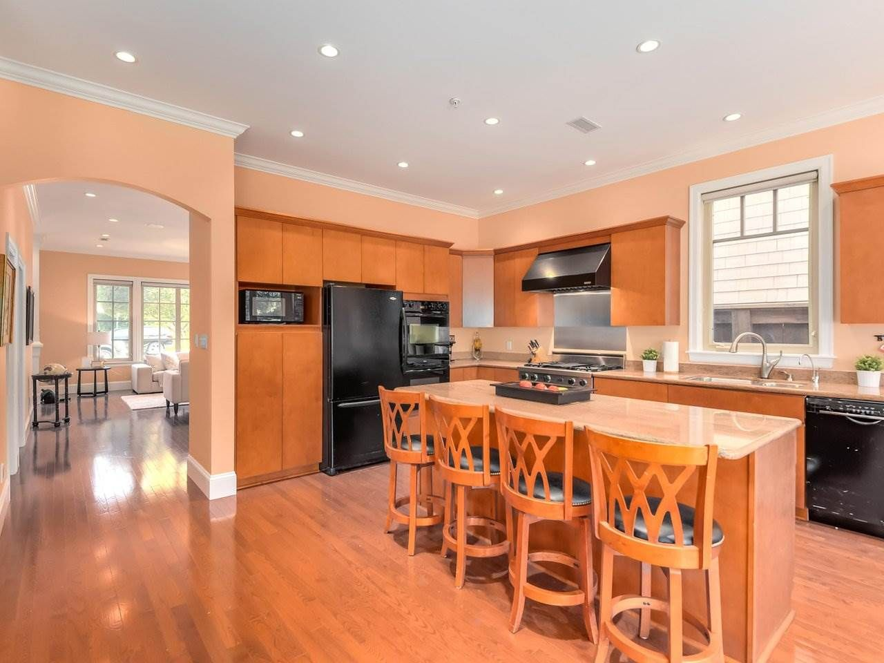 Photo 6: Photos: 694 W 19TH AVENUE in Vancouver: Cambie House for sale (Vancouver West)  : MLS®# R2186365