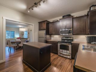 Photo 11: 101 1675 Crescent View Dr in NANAIMO: Na Central Nanaimo Row/Townhouse for sale (Nanaimo)  : MLS®# 831959