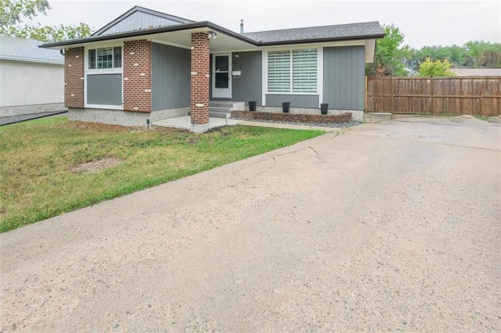 Main Photo: 167 Reay Crescent in Winnipeg: Valley Gardens Residential for sale (3E)  : MLS®# 202119861