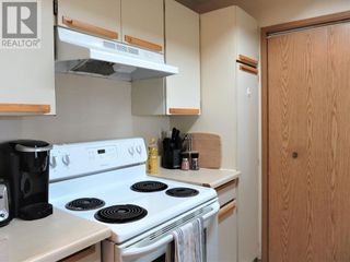 Photo 3: 301, 201 12 Street SW in Slave Lake: Condo for sale : MLS®# A1132711