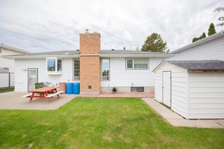 Photo 7: 4111 107A Street in Edmonton: Zone 16 House for sale : MLS®# E4249921
