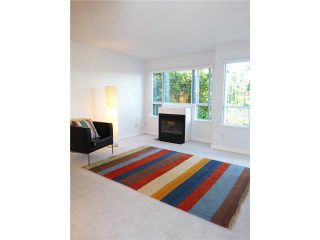 """Photo 9: 206 1330 GRAVELEY Street in Vancouver: Grandview VE Condo for sale in """"HAMPTON COURT - COMMERCIAL DRIVE"""" (Vancouver East)  : MLS®# V1075644"""