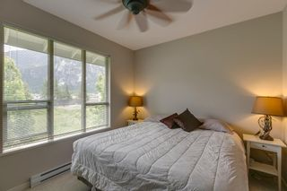"""Photo 12: 38344 EAGLEWIND Boulevard in Squamish: Downtown SQ Townhouse for sale in """"Eaglewind-Streams"""" : MLS®# R2178583"""