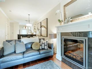 Photo 3: 14 675 Superior St in VICTORIA: Vi James Bay Row/Townhouse for sale (Victoria)  : MLS®# 831309