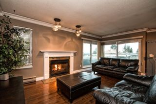 """Photo 10: 101 2615 LONSDALE Avenue in North Vancouver: Upper Lonsdale Condo for sale in """"HarbourView"""" : MLS®# V1078869"""