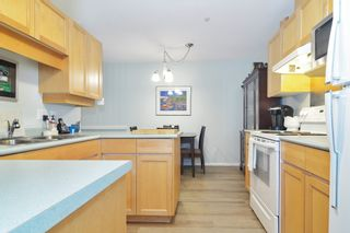 """Photo 10: 302 22722 LOUGHEED Highway in Maple Ridge: East Central Condo for sale in """"MARK'S PLACE"""" : MLS®# R2602812"""