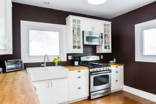Photo 12: 301 Clarence Avenue North in Saskatoon: Varsity View Residential for sale : MLS®# SK719651