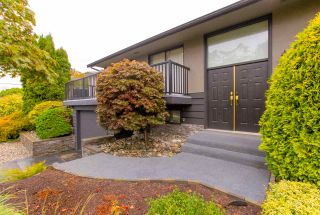 "Photo 2: 7411 GOVERNMENT Road in Burnaby: Government Road House for sale in ""GOVERNMENT ROAD"" (Burnaby North)  : MLS®# R2406931"