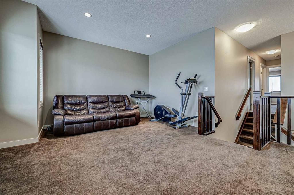 Photo 17: Photos: 200 EVERBROOK Drive SW in Calgary: Evergreen Detached for sale : MLS®# A1102109