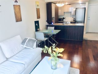 """Photo 4: 710 1088 RICHARDS Street in Vancouver: Yaletown Condo for sale in """"Richards Living"""" (Vancouver West)  : MLS®# R2349020"""