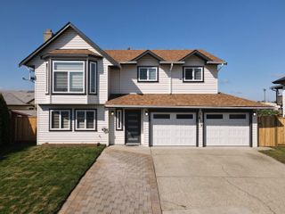 Photo 2: 3413 OKANAGAN Drive in Abbotsford: Abbotsford West House for sale : MLS®# R2613631