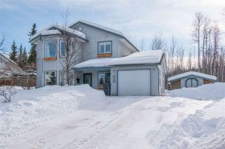 Photo 1: 1455 CHESTNUT Street: Telkwa House for sale (Smithers And Area (Zone 54))  : MLS®# R2439526