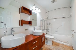 """Photo 11: 2206 5885 OLIVE Avenue in Burnaby: Metrotown Condo for sale in """"THE METROPOLITAN"""" (Burnaby South)  : MLS®# R2523629"""