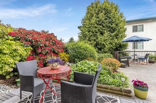 """Photo 30: 105 1379 MERKLIN Street: White Rock Condo for sale in """"THE ROSEWOOD"""" (South Surrey White Rock)  : MLS®# R2590545"""
