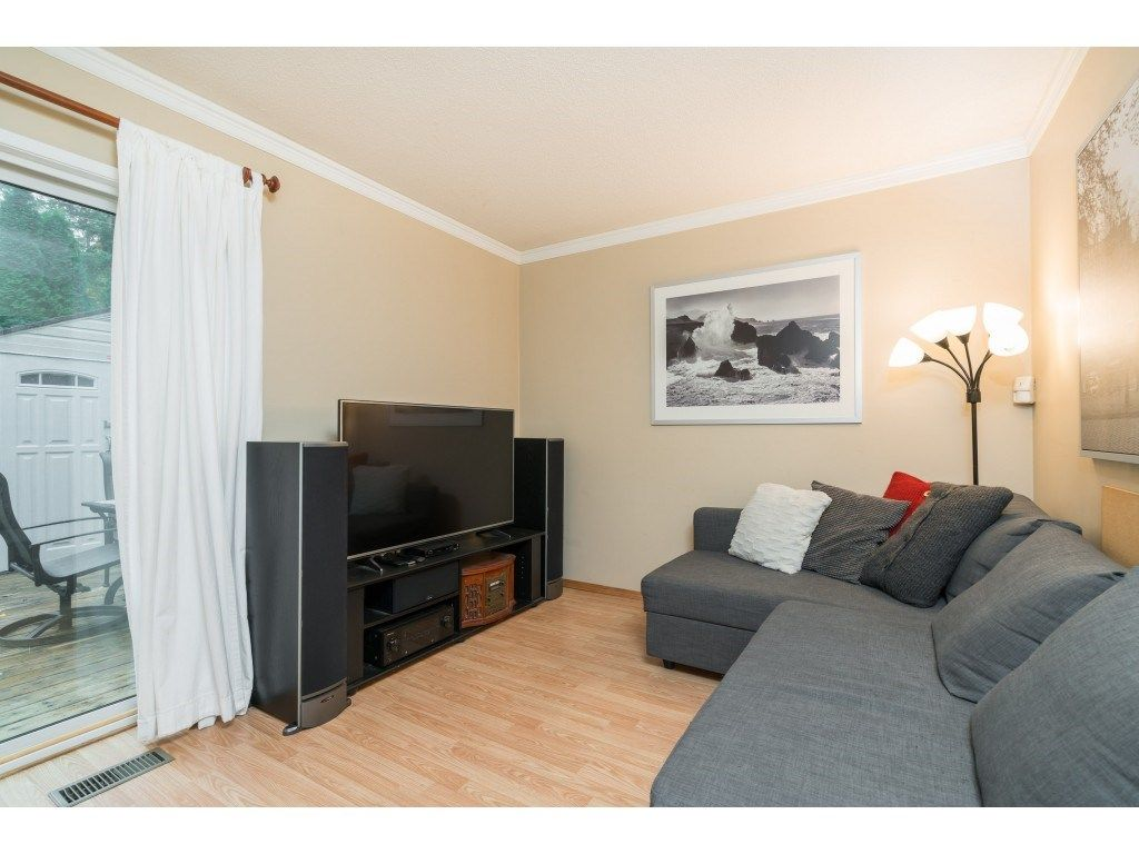 Photo 5: Photos: 8938 GANYMEDE PLACE in Burnaby: Simon Fraser Hills Townhouse for sale (Burnaby North)  : MLS®# R2416310