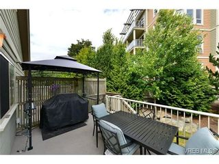 Photo 4: 24 127 Aldersmith Pl in VICTORIA: VR Glentana Row/Townhouse for sale (View Royal)  : MLS®# 738136
