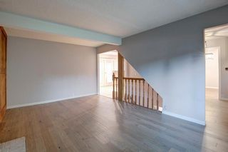 Photo 5: 6951 Silver Springs Road NW in Calgary: Silver Springs Detached for sale : MLS®# A1126444