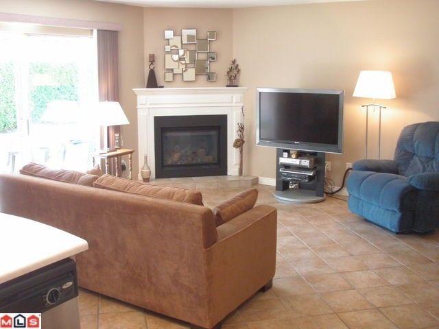 Main Photo: 22162 46A AV in Langley: Murrayville House for sale : MLS®# F1121082