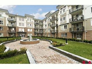 """Photo 1: 302 5430 201ST Street in Langley: Langley City Condo for sale in """"SONNET"""" : MLS®# F1007765"""