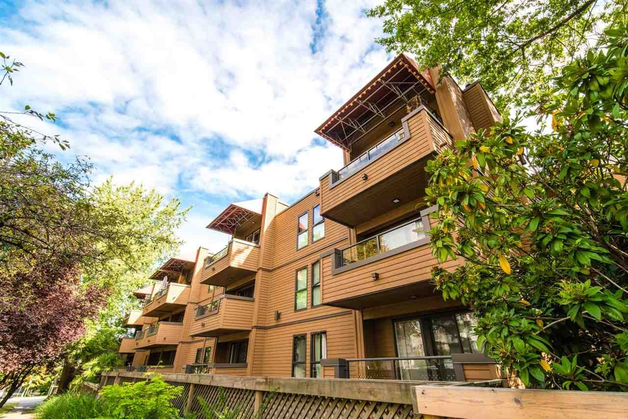 """Photo 18: Photos: 406 1435 NELSON Street in Vancouver: West End VW Condo for sale in """"WESTPORT"""" (Vancouver West)  : MLS®# R2405328"""