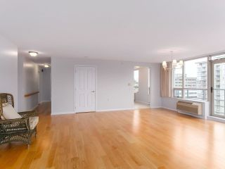 """Photo 8: 900 1570 W 7TH Avenue in Vancouver: Fairview VW Condo for sale in """"Terraces on 7th"""" (Vancouver West)  : MLS®# R2588372"""