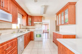 Photo 11: 8697 GALWAY Crescent in Surrey: Queen Mary Park Surrey House for sale : MLS®# R2564613