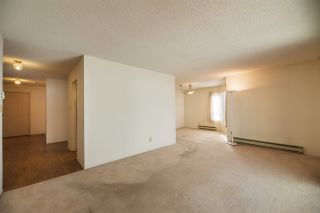 Photo 3: 202 1458 BLACKWOOD Street: White Rock Condo for sale (South Surrey White Rock)  : MLS®# R2555068