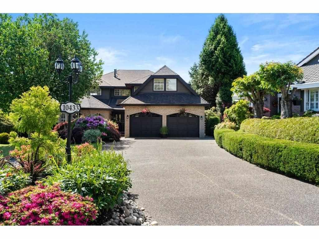 """Main Photo: 10433 WILLOW Grove in Surrey: Fraser Heights House for sale in """"FRASER HEIGHTS-GLENWOOD"""" (North Surrey)  : MLS®# R2584160"""