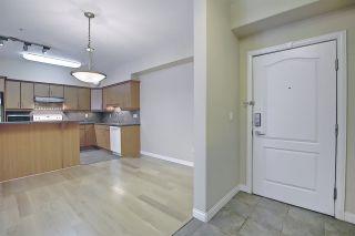 Photo 2:  in Edmonton: Zone 14 Condo for sale : MLS®# E4263869
