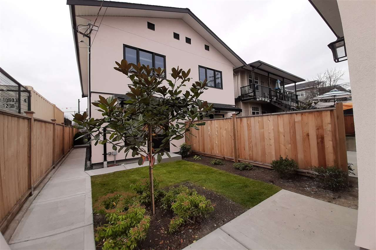 Photo 5: Photos: 8078 FRASER Street in Vancouver: South Vancouver 1/2 Duplex for sale (Vancouver East)  : MLS®# R2416834