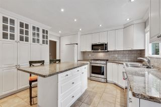 Photo 4: 3451 JERVIS Street in Port Coquitlam: Woodland Acres PQ House for sale : MLS®# R2573106