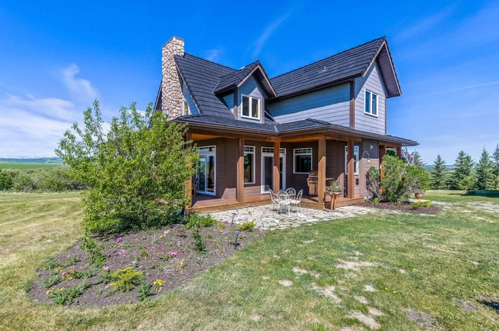 Main Photo: 386099 128 Street W: Rural Foothills County Detached for sale : MLS®# A1122418