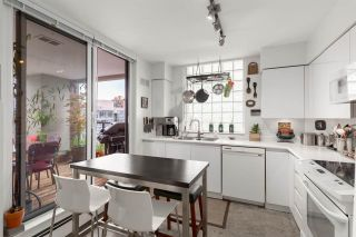 """Photo 8: 1604 1010 BURNABY Street in Vancouver: West End VW Condo for sale in """"THE ELLINGTON"""" (Vancouver West)  : MLS®# R2577467"""