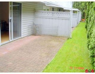 """Photo 7: 104 5921 177B Street in Surrey: Cloverdale BC Townhouse for sale in """"THE GABLES"""" (Cloverdale)  : MLS®# F2904968"""