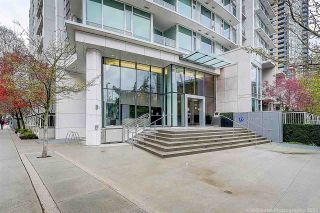 """Photo 1: 905 161 W GEORGIA Street in Vancouver: Downtown VW Condo for sale in """"COSMO"""" (Vancouver West)  : MLS®# R2573406"""