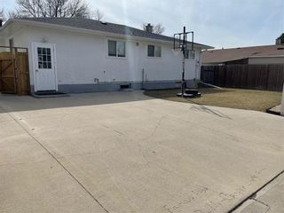 Photo 26: 74 Magenta Crescent in Winnipeg: Maples Residential for sale (4H)  : MLS®# 202107953