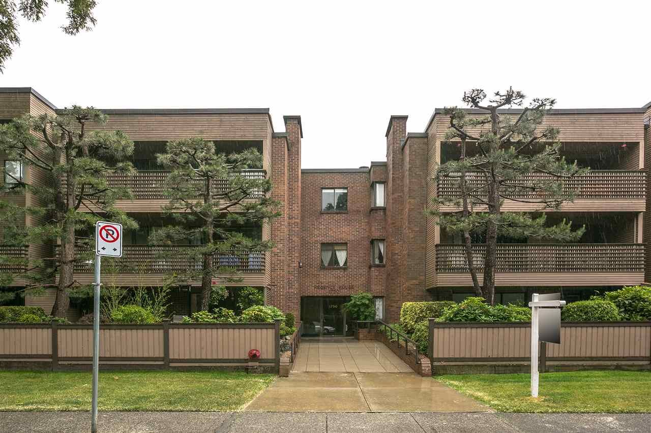 """Photo 18: Photos: 101 1750 W 10TH Avenue in Vancouver: Fairview VW Condo for sale in """"Regency House"""" (Vancouver West)  : MLS®# R2278218"""