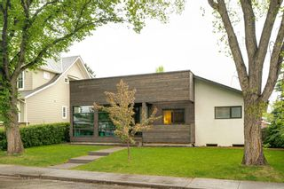 Photo 3: 28 Grafton Drive SW in Calgary: Glamorgan Detached for sale : MLS®# A1118008