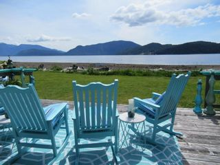 """Photo 11: 1308 BURNS Road in Gibsons: Gibsons & Area House for sale in """"Hopkins Landing"""" (Sunshine Coast)  : MLS®# R2583692"""