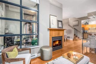 """Photo 3: 2782 VINE Street in Vancouver: Kitsilano Townhouse for sale in """"The Mozaiek"""" (Vancouver West)  : MLS®# R2151077"""