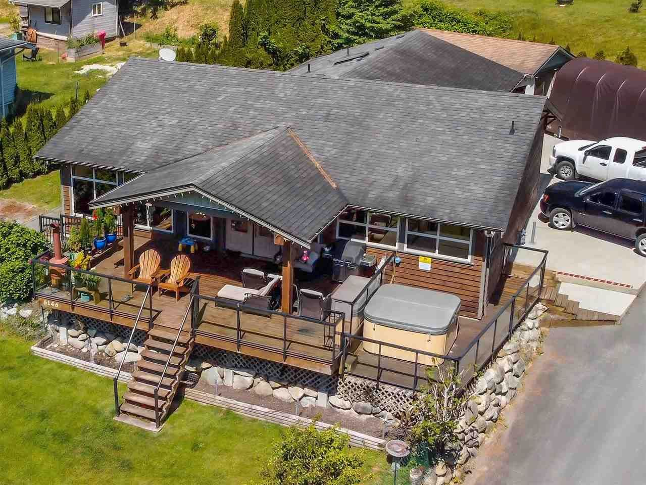 Beautifully updated home in the West Sechelt area