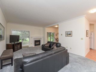 Photo 5: 309 1686 Balmoral Ave in COMOX: CV Comox (Town of) Condo for sale (Comox Valley)  : MLS®# 833200
