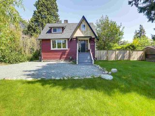 """Photo 2: 6076 HIGHBURY Street in Vancouver: Southlands House for sale in """"Southlands"""" (Vancouver West)  : MLS®# R2301534"""