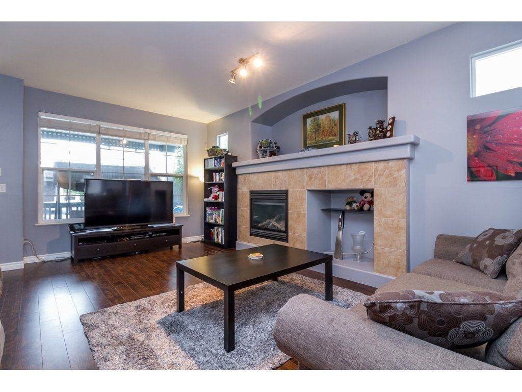 """Photo 3: Photos: 18479 66A Avenue in Surrey: Cloverdale BC House for sale in """"Heartland"""" (Cloverdale)  : MLS®# R2095726"""