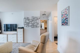 """Photo 9: 1902 111 W GEORGIA Street in Vancouver: Downtown VW Condo for sale in """"Spectrum 1"""" (Vancouver West)  : MLS®# R2467192"""