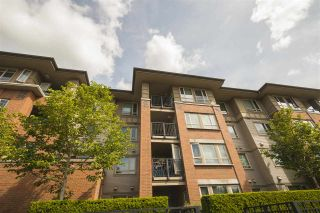 """Photo 2: 316 3097 LINCOLN Avenue in Coquitlam: New Horizons Condo for sale in """"LARKIN HOUSE WEST BY POLYGON"""" : MLS®# R2170923"""