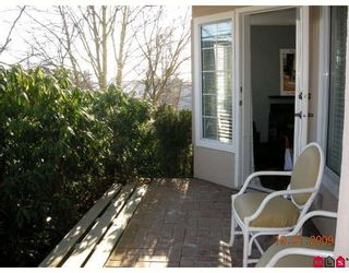"""Photo 10: 103 1369 GEORGE Street in White_Rock: White Rock Condo for sale in """"Cameo Terrace"""" (South Surrey White Rock)  : MLS®# F2900966"""