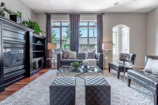 Photo 9: 2403 30 Street SW in Calgary: Killarney/Glengarry Semi Detached for sale : MLS®# C4261966