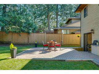 """Photo 18: 6136 129A Street in Surrey: Panorama Ridge House for sale in """"Panorama Park"""" : MLS®# R2351139"""